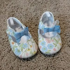 Flower shoes 3-6 months